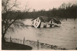 Floating House in 1937 flood in Byron ON